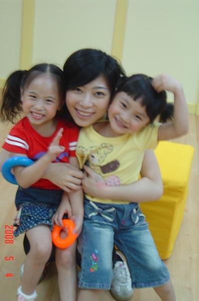 080504她們超可愛的~我好愛她們!!.JPG