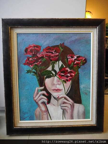 <<愛情是盲目的,只看得見玫瑰看不見刺>>