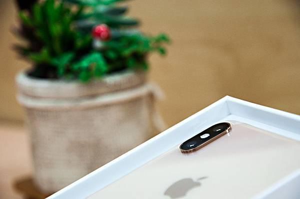 iPhoneXSMax-10.jpg