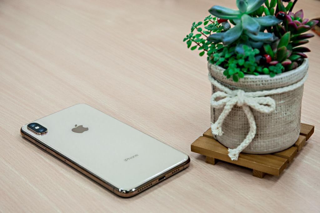 iPhoneXSMax-22.jpg