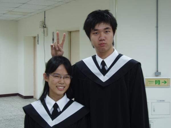 小女孩與王凱