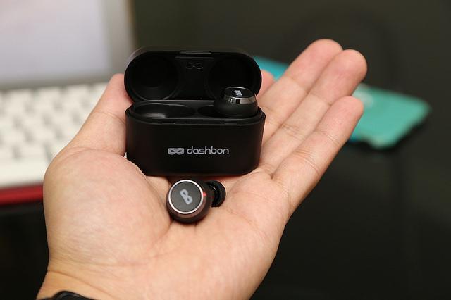 未來的數位助理秘書Dashbon SonaBuds 2 藍牙 5.0 全無線藍牙耳機