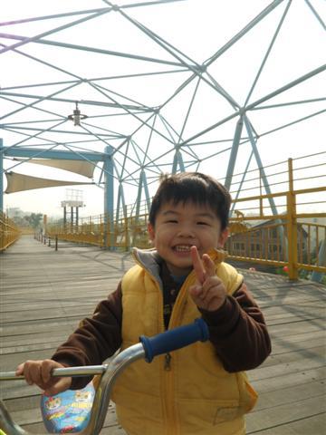 20100104潭雅神騎腳踏車