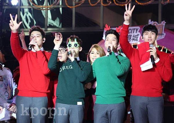 直擊 2AM 香港聖誕倒數