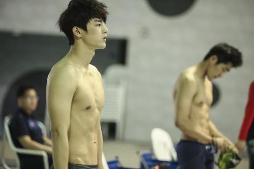 徐仁國為出道瘦身20公斤