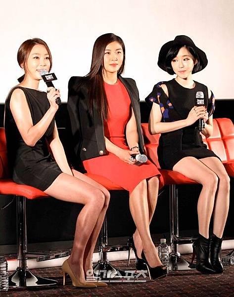 「朝鮮美女三劍客」姜藝媛、河智苑和佳仁