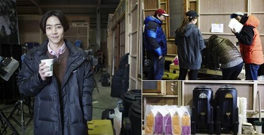 朴有煥為「需要浪漫3」的演員和劇組人員送零食大禮