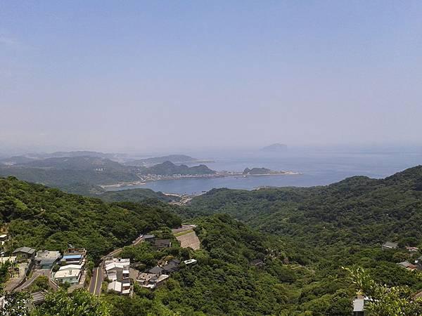 20130702— 在九份處處可看到面海的景觀