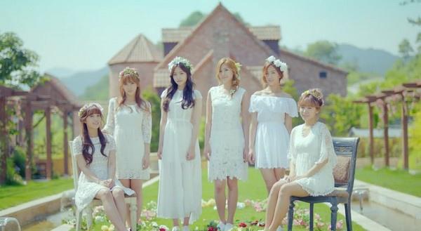 A Pink 2013 MV