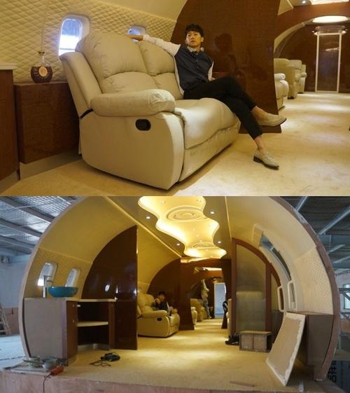 張佑赫坐在豪華專用機沙發上的照片引熱議