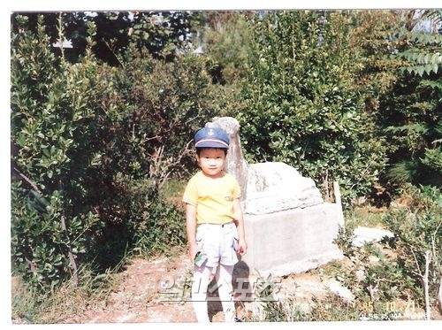 「請回答1994」飾演垃圾的鄭宇幼時照片曝光