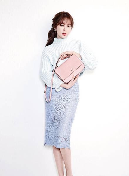 尹恩惠畫報中變身春季女神