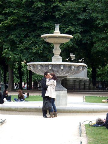哇~浪漫得像在拍電影呢!