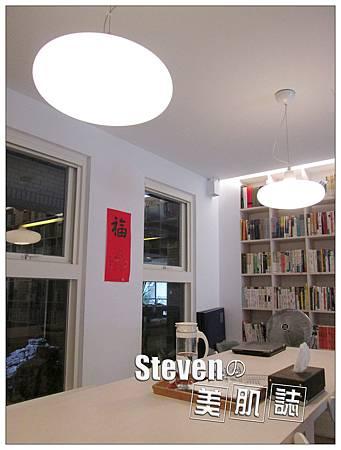 nEO_IMG_長桌+燈