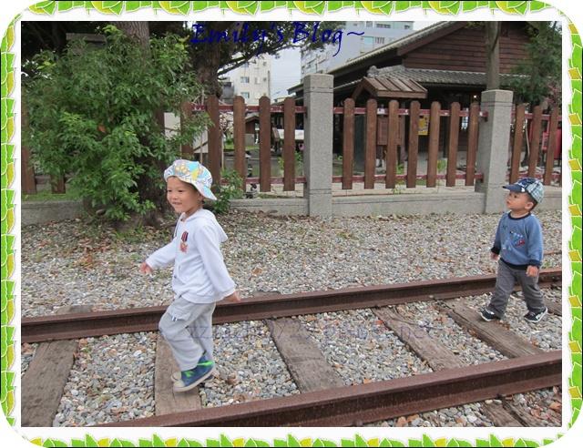 鐵道1.JPG